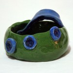 Three Eyed Frog, 2in tall x 4in wide